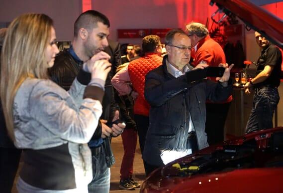 Alfa Romeo Red Night München zur Stelvio Markteinführung